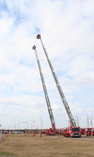 加古川市消防出初め式とはしご乗り[写真集-無料写真素材]